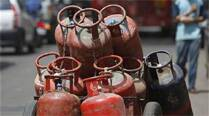 Global effect: LPG rate cut by Rs 113, jet fuel prices by4.1%