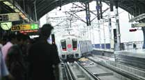 Women form 94 per cent of pickpockets held in Delhi Metro thisyear