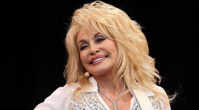 The 'Jolene' hitmaker will celebrate her 50-year marriage to Carl Dean by reaffirming their love. (Source: Reuters)