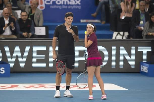 Roger Federer enthralls New Delhi on India debut