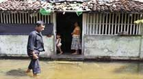 Floods, landslides kill 17, maroon 1 million in Sri Lanka