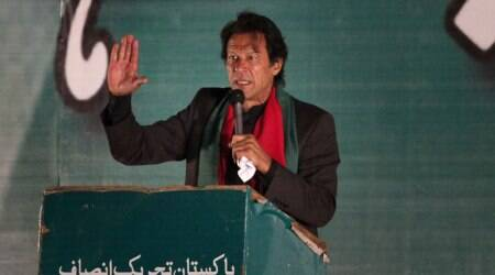 Imran Khan says thousands will protest in Islamabad if govt amends Article 62