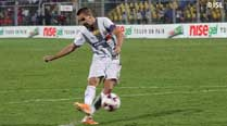 Kolkata hold their nerves to edge out Goa 4-2 in penalties