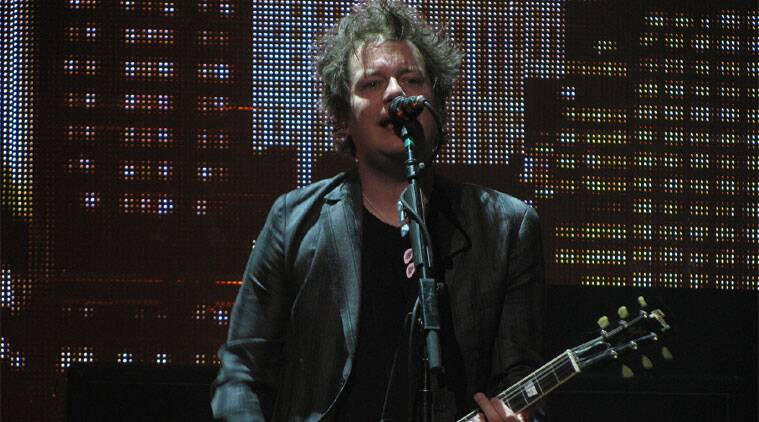 Green Day guitarist Jason White has been diagnosed with tonsil cancer.