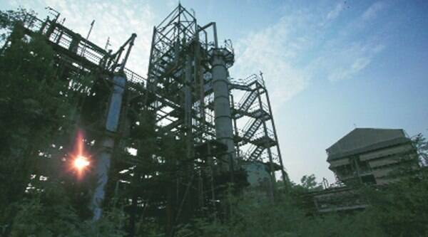 The abandoned Union Carbide plant in Bhopal. (Source: Reuters)