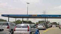 Residents protest after DND hikes toll
