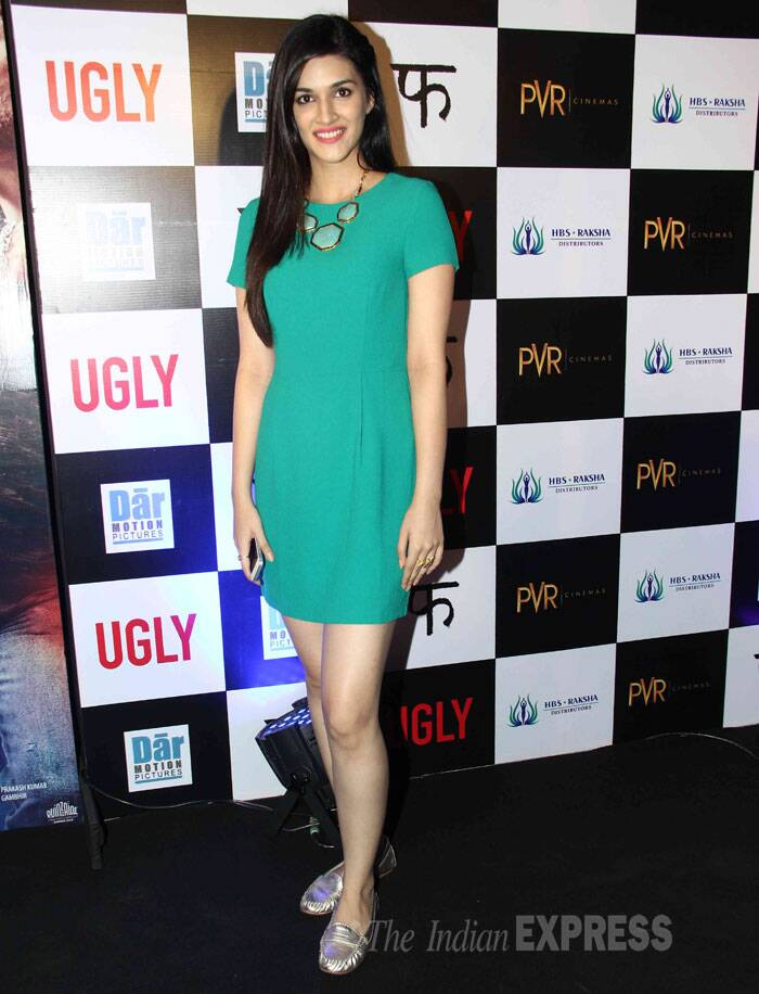 Heropanti actress Kriti Sanon is pretty in a green short dress. (Source: Varinder Chawla)