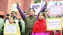 Church-Shiv Sena dispute: Sena stages dharna againstconversions