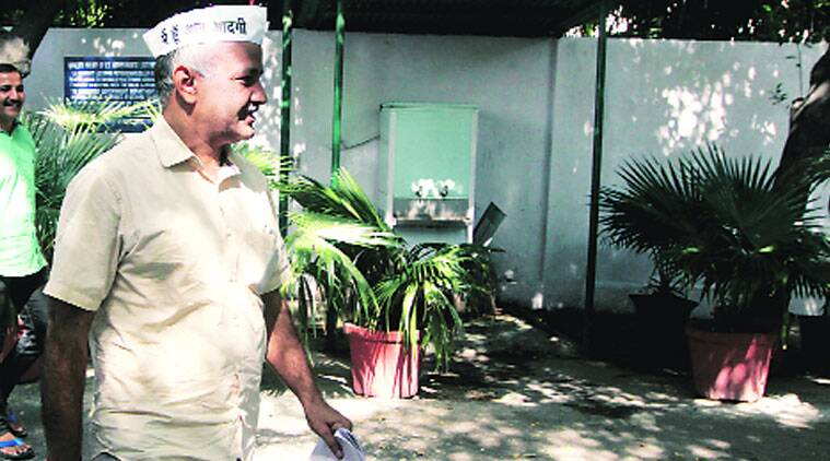 Manish Sisodia said raids resumed once the AAP government quit. (Source: Express Archive)