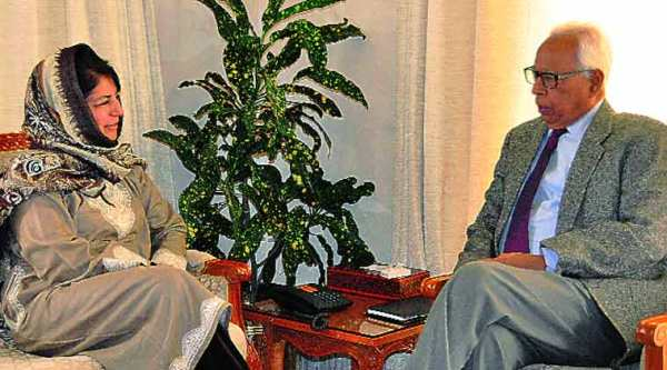 PDP chief Mehbooba Mufti with Governor N N Vohra.