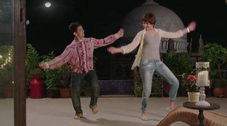The funny dance moves by Anushka and Aamir in Nanga Punga Dost song of PK.
