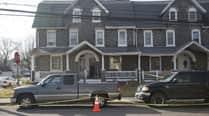 6 dead, suspect on loose in suburbanPhiladelphia