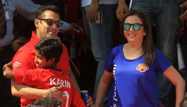 Salman Khan, Nita Ambani launch ISL #grassroots football movement