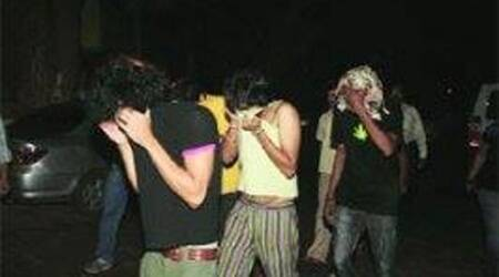Rave party busted in Gurgaon; 40 boys, 4 girlsdetained