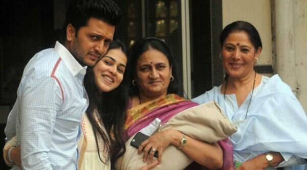 Riteish Deshmukh with wife Genelia, their newborrn,  his mother Vaishali and her mother Jeanette