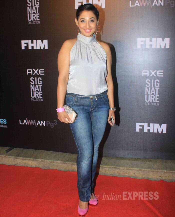 TV actress Shruti Ulfat picked a satin blouse with denims and pink pumps for the night. (Source: Varinder Chawla)