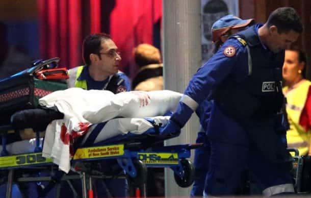 Sydney Siege ends after police storms cafe