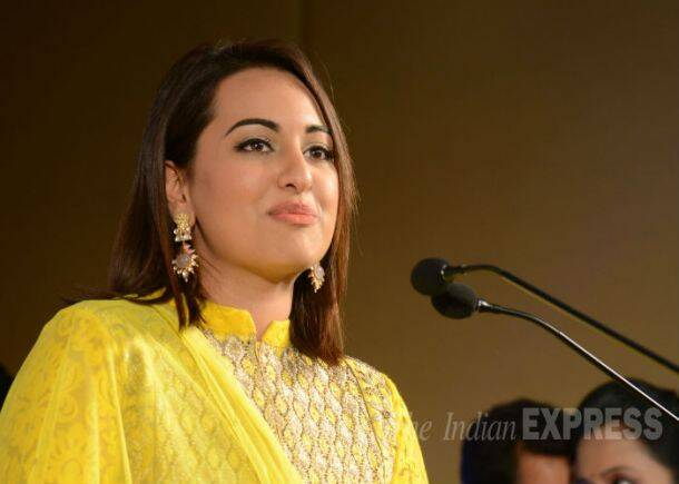 Rajinikanth, Sonakshi, Anushka celebrate Lingaa's musical success