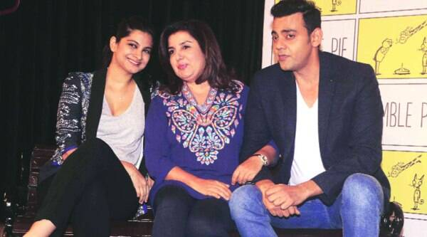 Farah Khan is flanked by Rhea Kapoor and Cyrus sahukar during one of the initial shows of The Bench