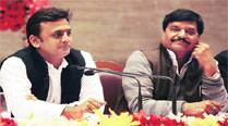 Shivpal's ministry sitting on sanction nod, Akhilesh's road projects suffer