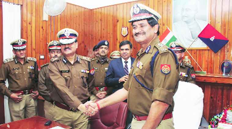 Arun Kumar Gupta takes charge as UP DGP from A L Banerjee, in Lucknow on Thursday. (Source: Express photo by Vishal Srivastav)
