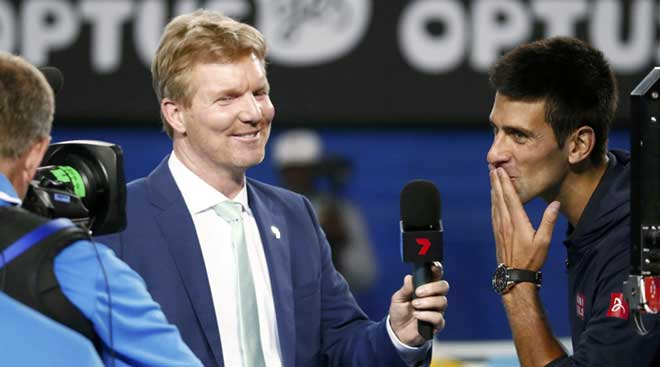 Australian Open: Djokovic, Wawrinka turn on heat; Kvitova ousted
