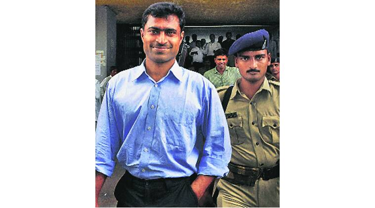 Sohrabuddin encounter case: Raje govt promotes accused cop as IGP