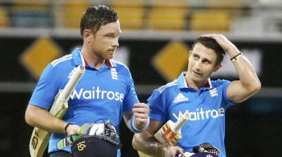 India suffer England setback, lose 2/2