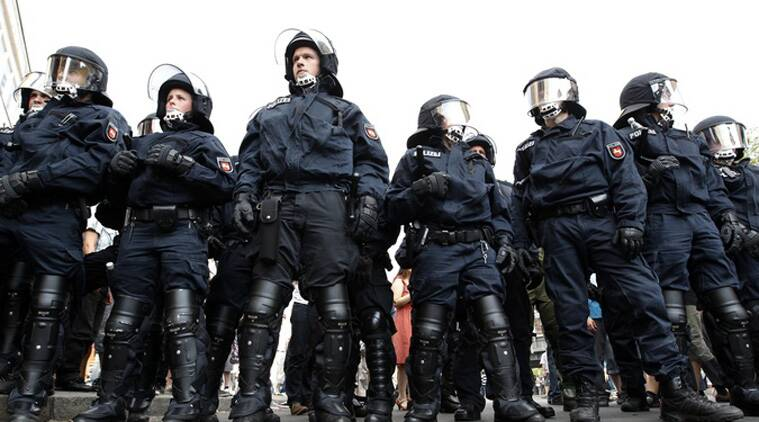 Some 250 police officers took part in the raid in Berlin. (Source: Reuters photo)