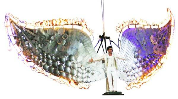 SRK's entry with his spreadeagled wings on fire was a sight to behold.