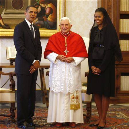 Barack and Michelle Obama with Pope in the Vatican city in 2009 (Source: Reuters)