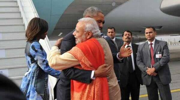 US President Barack Obama receives a warm welcome from PM Narendra Modi at the Palam Airport, New Delhi. (Source: PIB India)