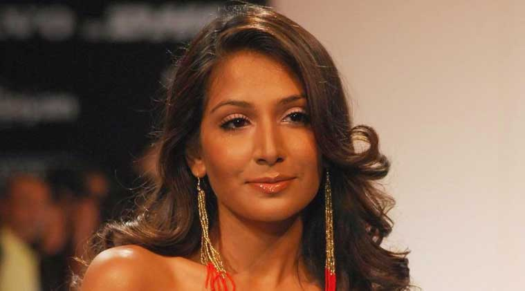 Monica Dogra made her Bollywood debut with 'Dhobi Ghat'.