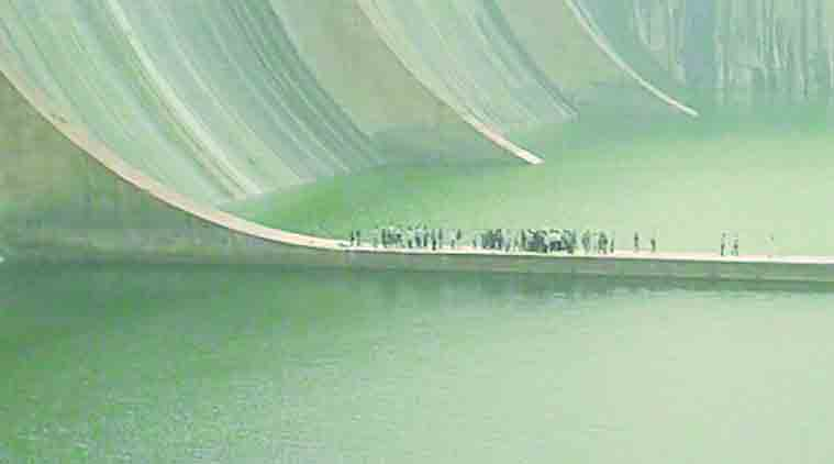 narmada dam, engineer dead, death