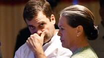 Sonia, Rahul rallies Cong's last bid to retain minority, jhuggi voteshare