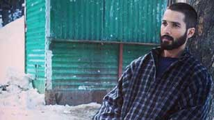 Winner of the Best Actor - Shahid Kapoor for Haider