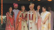 Inside Soha Ali Khan's simple wedding: Kareena Kapoor, Saif Ali Khan look royal