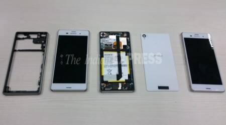 Sony Xperia Z3 teardown: See what's inside