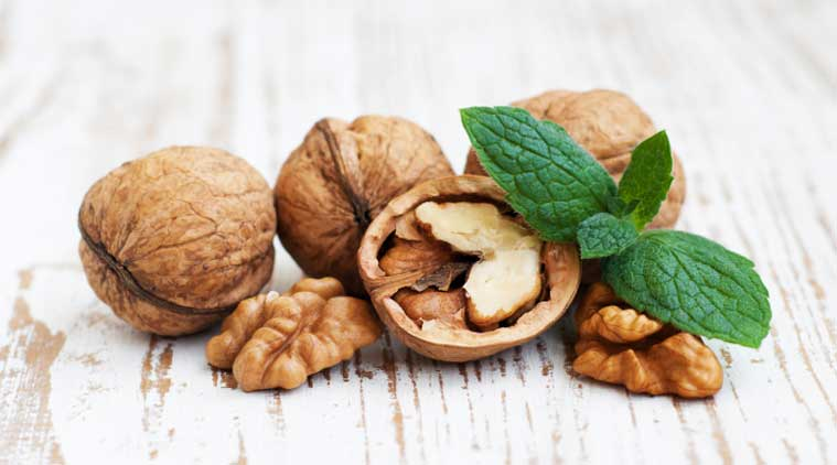Eating walnuts daily may boost memory: study