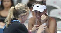 Caroline Wozniacki pulls out of Sydney opener with wrist injury