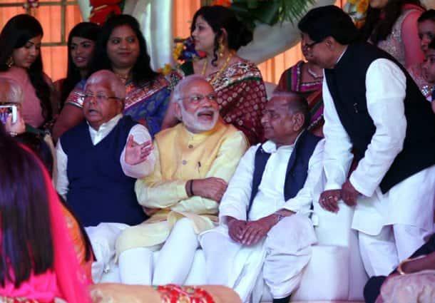 PM Modi, Modi suit, Amitabh Bachchan, Janata Parivar, Janata parivar wedding, Lalu's daughter, Mulayam Singh, Mulayam Singh's nephew, Tej Pratap Singh Yadav wedding, Amar Singh, UP CM, Bihar CM, Rabri, Raj Lashmi wedding