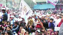 AAP, BJP trade charges after workers clash in SangamVihar
