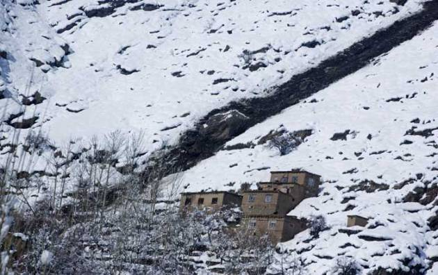 afghanistan avalanche, avalanche, afghanistan, snow afghanistan, winter afghanistan, afghanistan news, picture gallery, asia news, world news, indian express