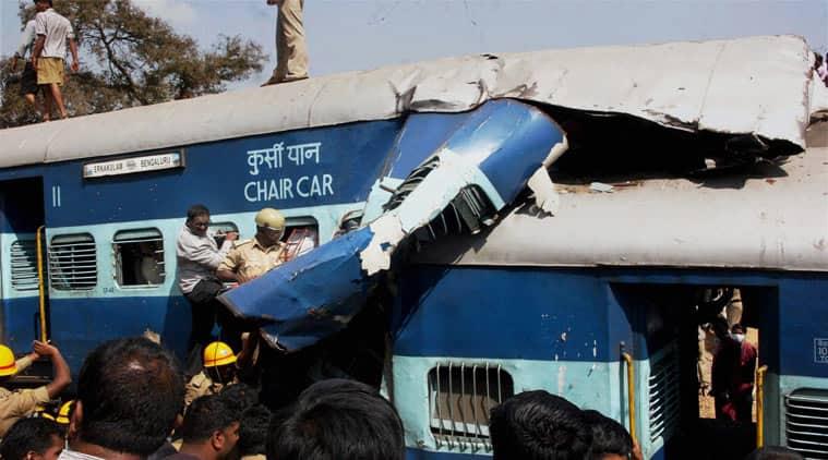 train accident, train accident bangalore, Bangalore-Kochi train accident, Bengaluru-Ernakulam Intercity Express, Hosur train accident, train accident in bangalore