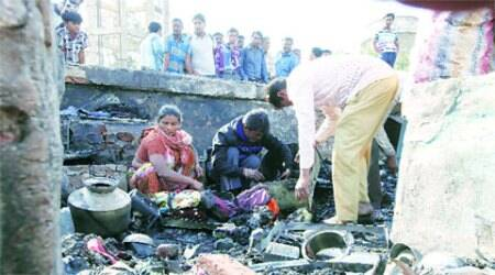 Fire consumes 15 huts in Ahmedabad, 3 kids among 4killed