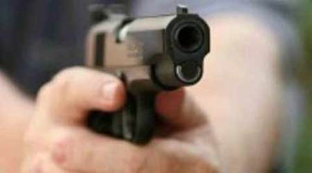 Delhi man, who 'stung' over 100 cops, shot at outside his home