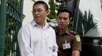 Indonesia postpones moving of drug convicts for execution