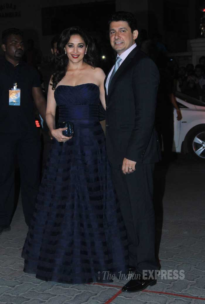 madhuri dixit, madhuri at filmfare awards