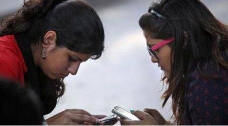 TRAI proposes to cut mobile roaming rates up to80%