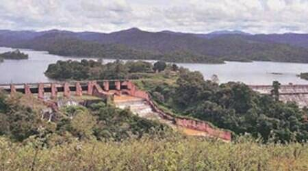 Mullaperiyar dam: TN withdraws plea from SC seeking CISF security at site
